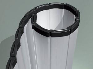 Gewährleisten einen Abstand zwischen den Profilen beim Aufrollen des Tores, wodurch die Betätigung des Tores keinen Lärm verursacht und die Lebensdauer der Profile wesentlich verlängert wird.