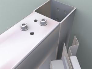 Geschraubte Verbindungen - garantieren die Stabilität der gesamten, aus verzinkten Stahlprofilen bestehenden Konstruktion